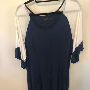 Amaryllis color block sleeve dress